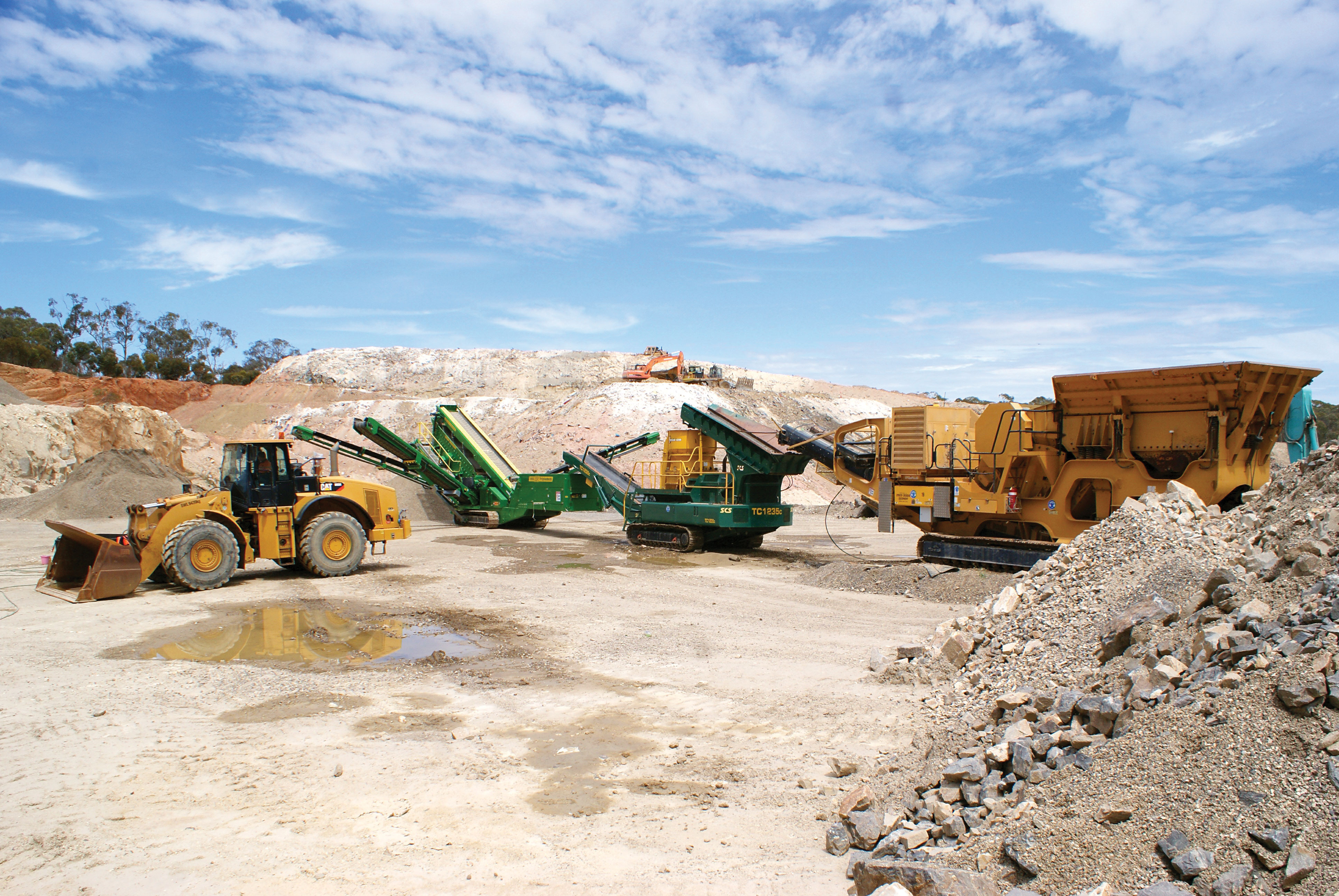 mobile crushing and screening plant Mobile crushing and screening plant 408 likes mobile crushing and screening plant factory dragon machinery web site : wwwdragonmachinerycom e-mail .