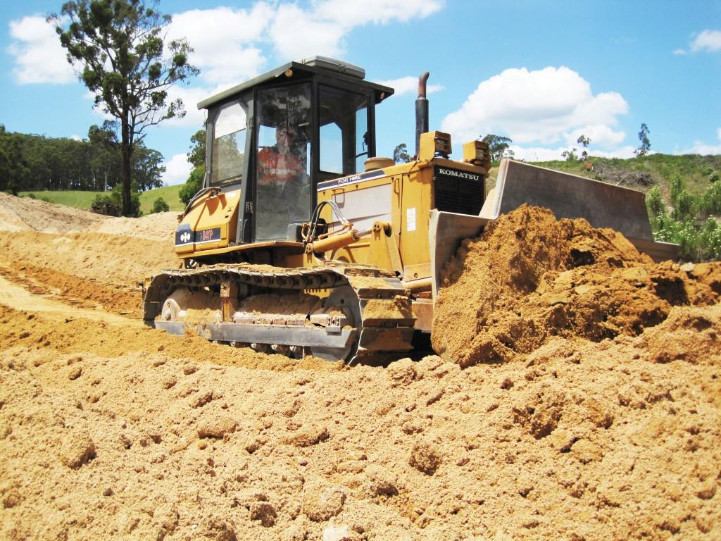 SITE PHOTO: Dozer pushing up gravel