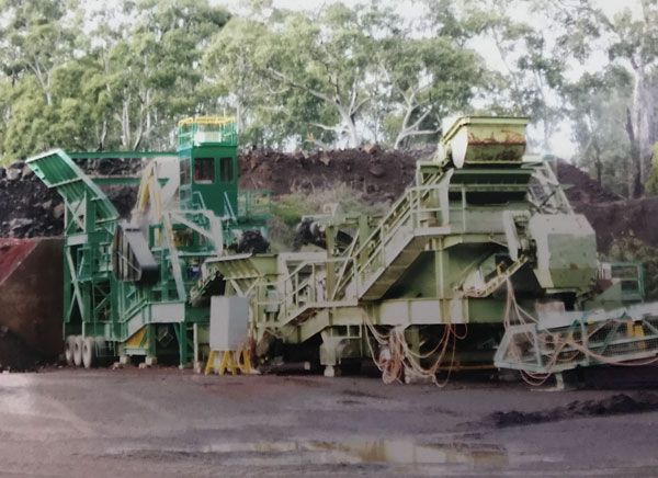 DE Quarry has been supporting Western Victoria by supplying a range of processed crushed rock for road and infrastructure projects for more than 70 years.