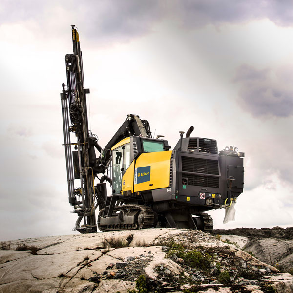 Epiroc's SmartROC T40 provides superior fuel efficiency.