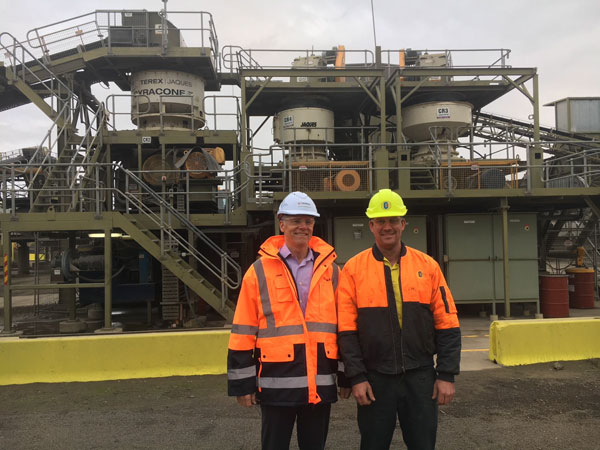 Terex CEO John Garrison with Charles Kerr - Conundrum Holdings (Northern Quarries) inspecting and discussing Terex Cone Crusher performance and reliability